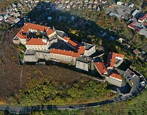Съемка с дрона Аэрофотосъемка Мукачевский замок Поланок. Мукачево, Украина